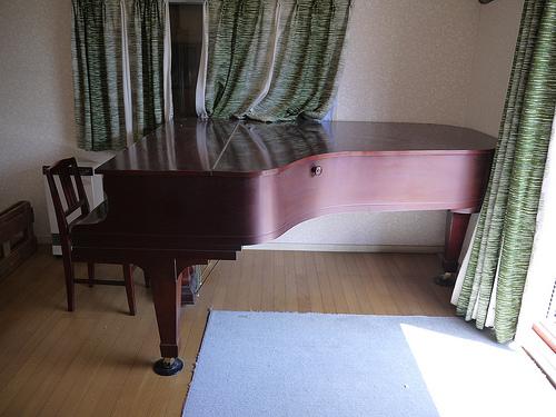 KAWAI NO.750 グランドピアノの分解と梱包、そしてお引越し。