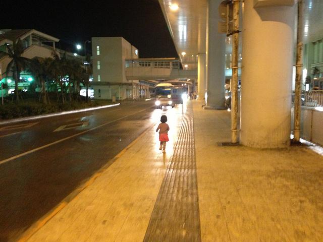 沖縄に引っ越しました!